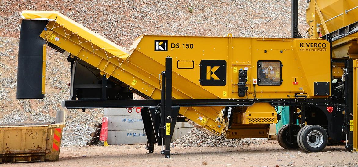 Séparateur aéraulique Kiverco pour une utilisation dans des centres de tri afin de traiter tout type de matériau.